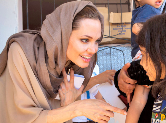 Photo of Angelina Jolie visits Syrian refugees in Lebanon
