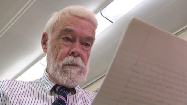 Photo of 20 years later, Sask. teacher mails student-penned letters