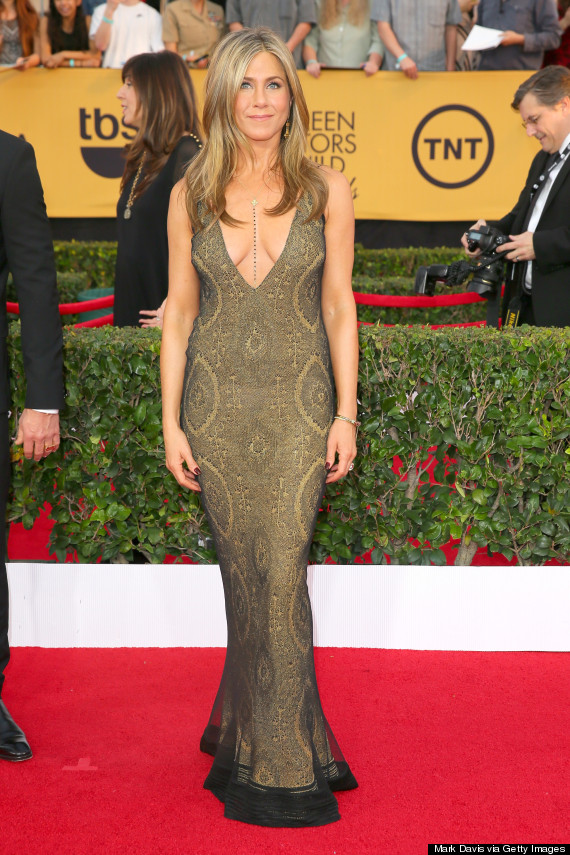 Photo of Jennifer Aniston Wows In Plunging Dress At The SAG Awards