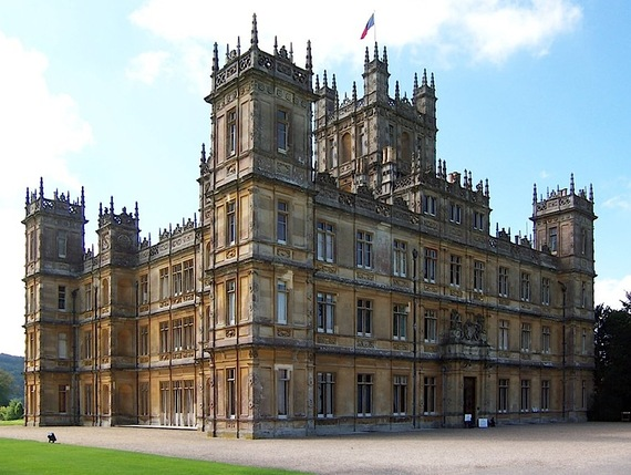 Photo of Get Ready to Live out Your Aristocratic Fantasies, Because Downton Abbey Will Soon Offer Overnight Stays