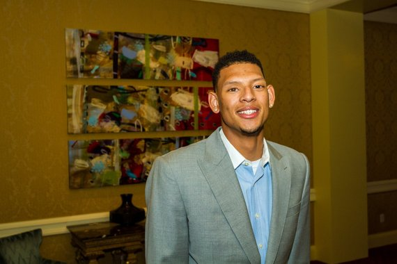 Photo of Isaiah Austin, The Man >> Isaiah Austin, The Basketball Player (And That's Saying Something)