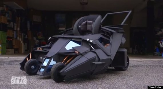 Photo of Dark Knight Fanatic Gets Awesome Batmobile Baby Stroller For His Son