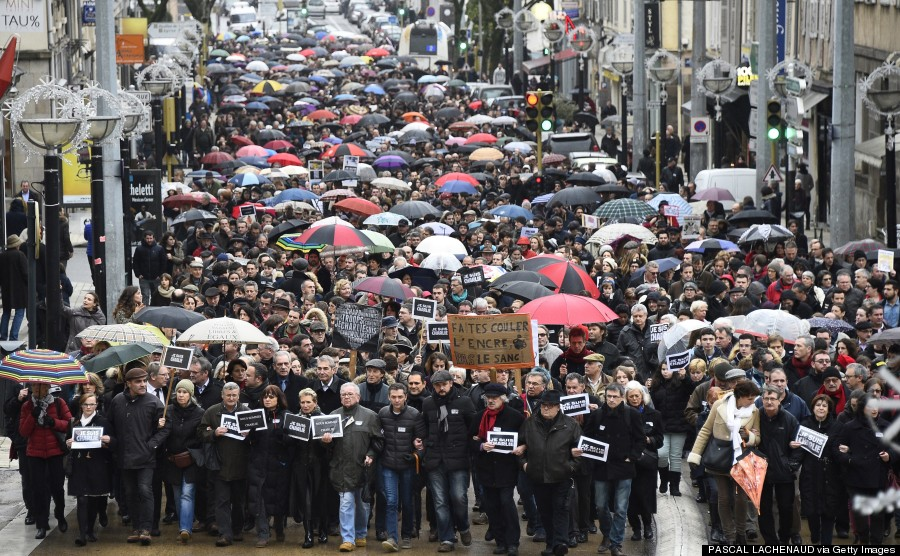 Photo of Hundreds Of Thousands Rally Across France For Terror Victims