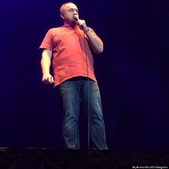 Photo of Louis C.K. Dons Homemade Charlie Hebdo Tribute For Madison Square Garden Show