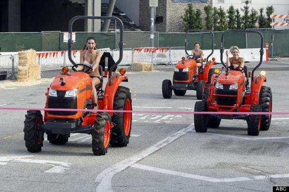Photo of 9 Lessons From 'The Bachelor' Season 19, Episode 2: Chris Soules Is A Tractor Man