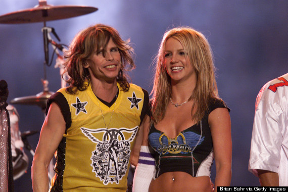 Photo of Britney Spears And Steven Tyler Reunite At The Super Bowl 14 Years Later