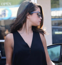 Photo of Get the Look: Selena Gomez