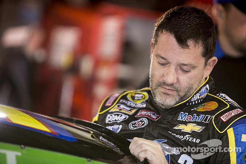 Photo of NASCAR's Tony Stewart To Retire After 2016 Racing Season
