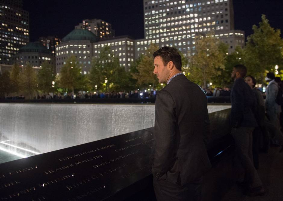 Photo of Dallas Cowboys Arrive In NY a Day Early. Visit Ground Zero.