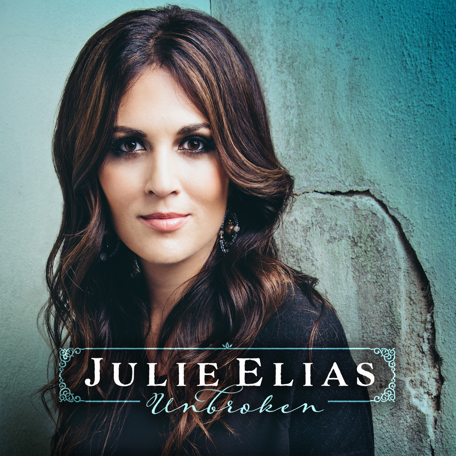 """Photo of Julie Alias' Project """"Unbroken"""" Inspires Listeners With Hope"""
