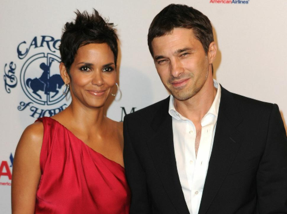Photo of Halle Berry & Olivier Martinez heading to divorce court