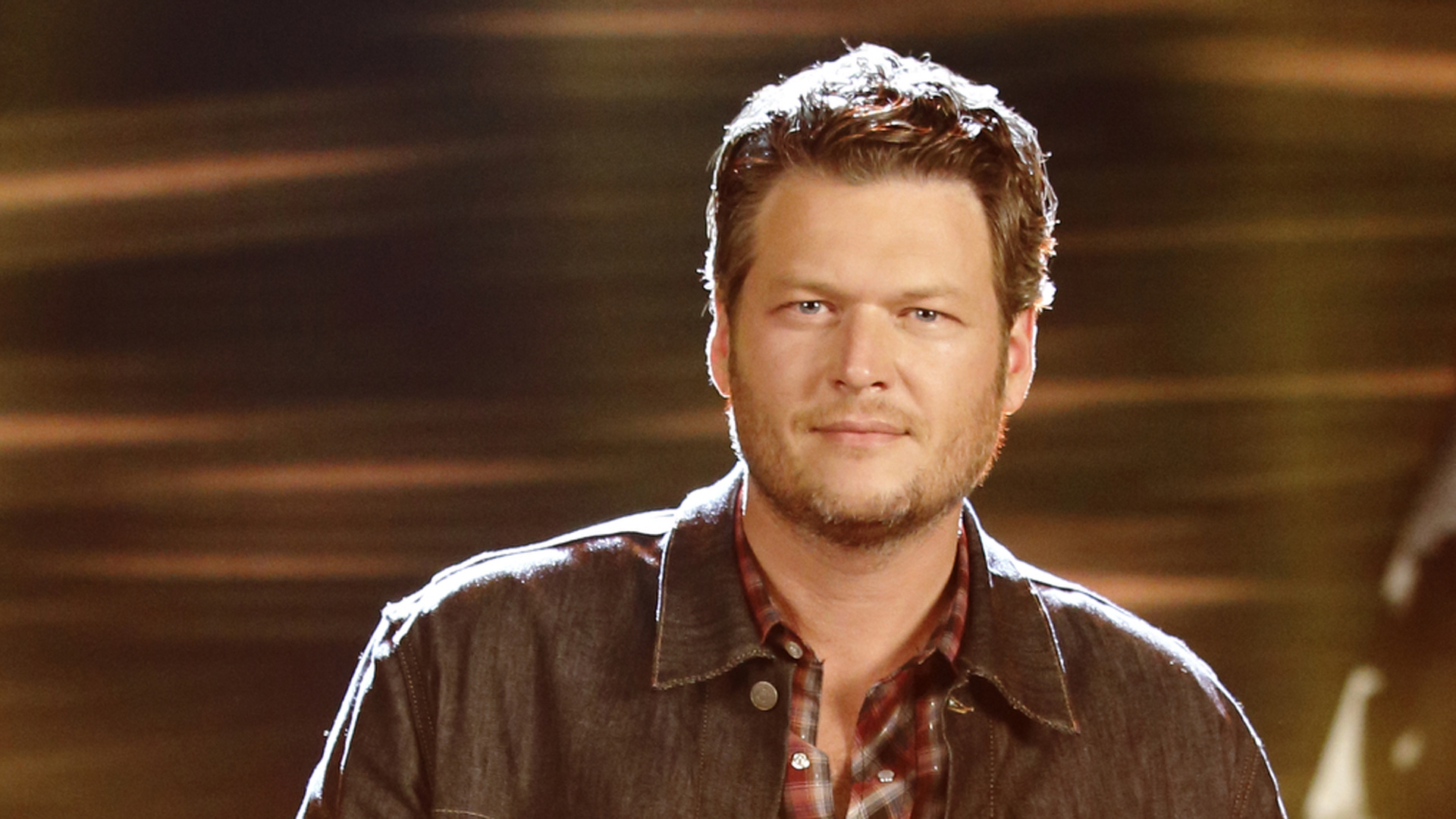 Photo of Blake Shelton to sue in Touch Weekly for $1 Million