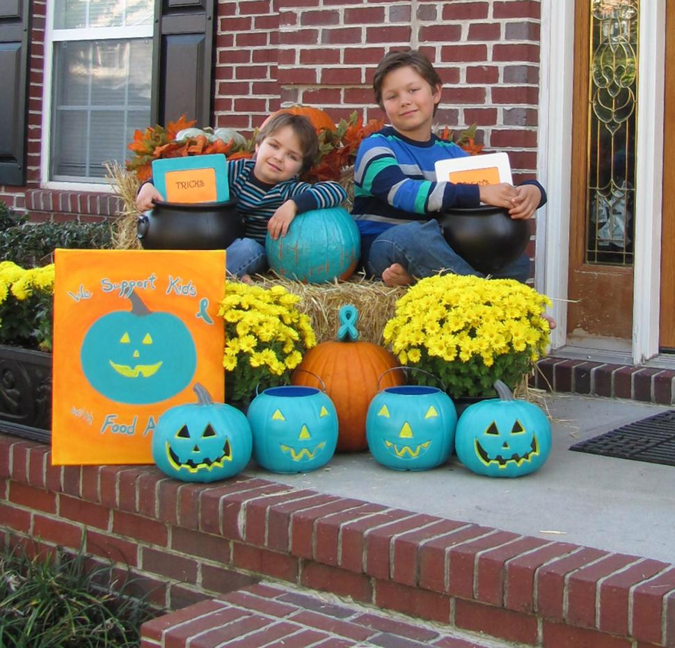 Photo of Teal Pumpkin Project  Promotes Candy Free Halloween