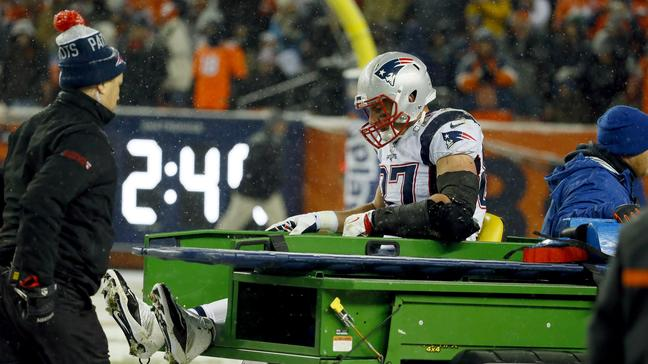 Photo of New England Patriots Winning Streak Ends; Gronk Injured
