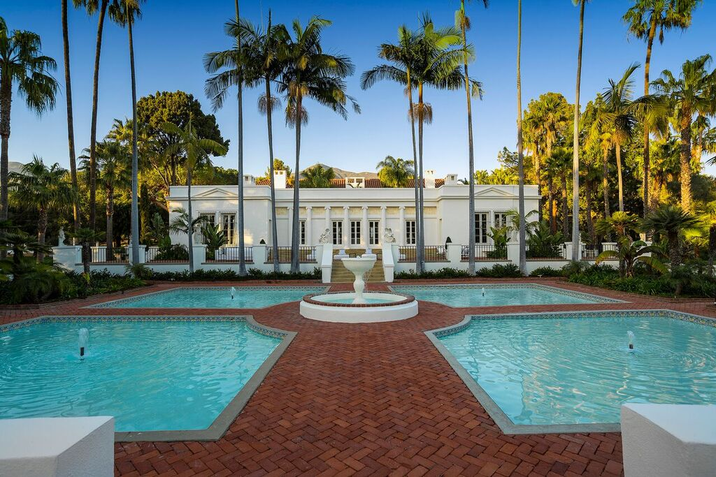 "Photo of ""Scarface"" Movie Mansion Finally Sells"
