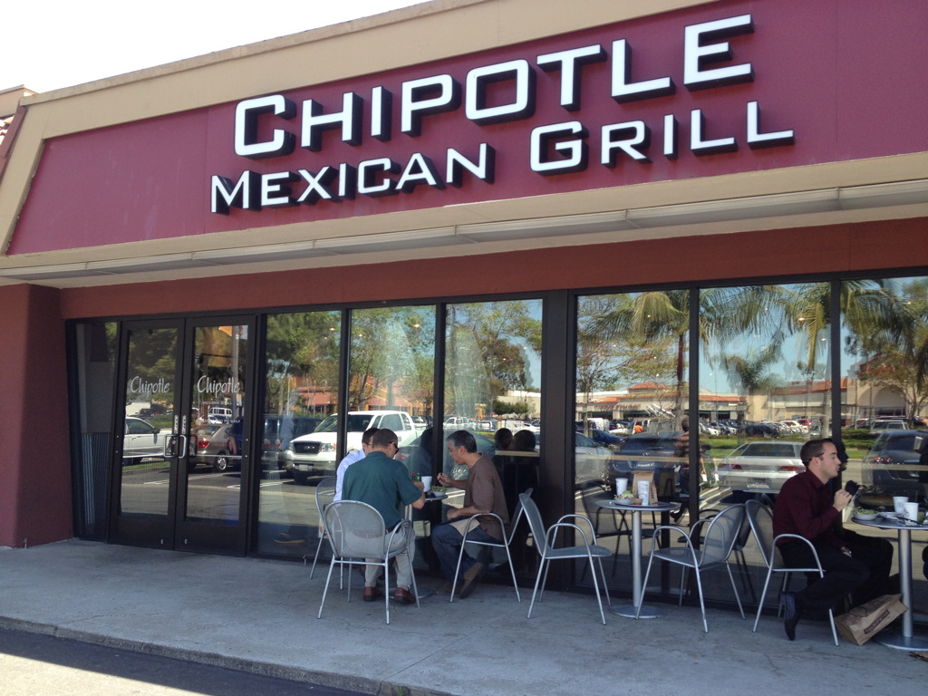 Photo of Chipotle Closing Stores On Feb 8 For Food Safety Meeting