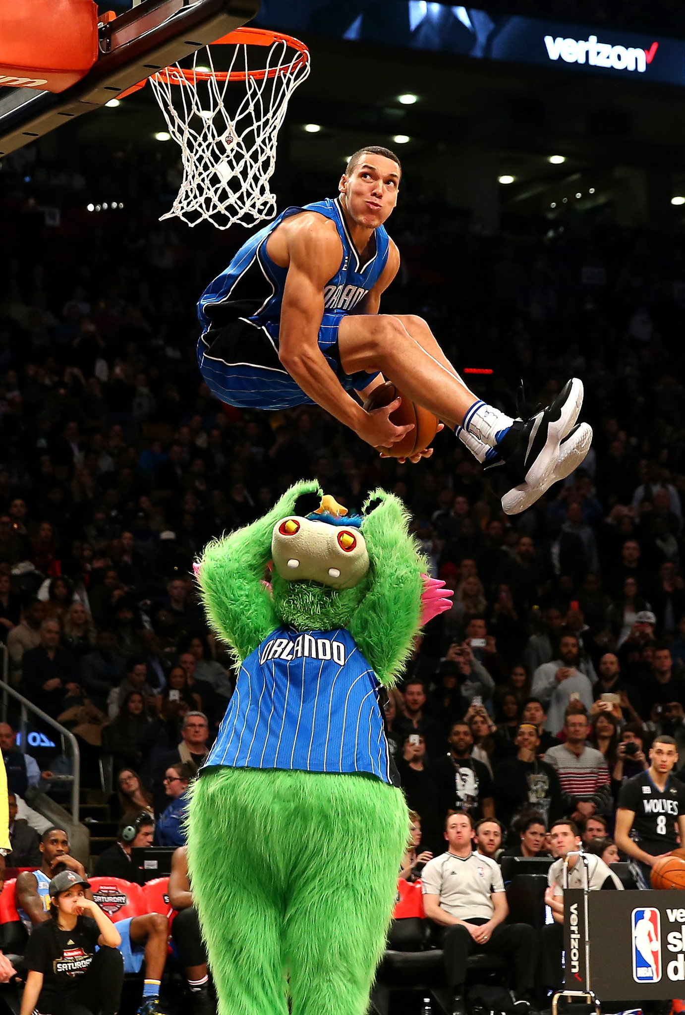 Photo of He Was Robbed! Gordon Finishes 2nd In Slam Dunk Contest