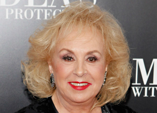 Photo of Doris Robers From 'Everybody Loves Raymond' Dies at Age 90