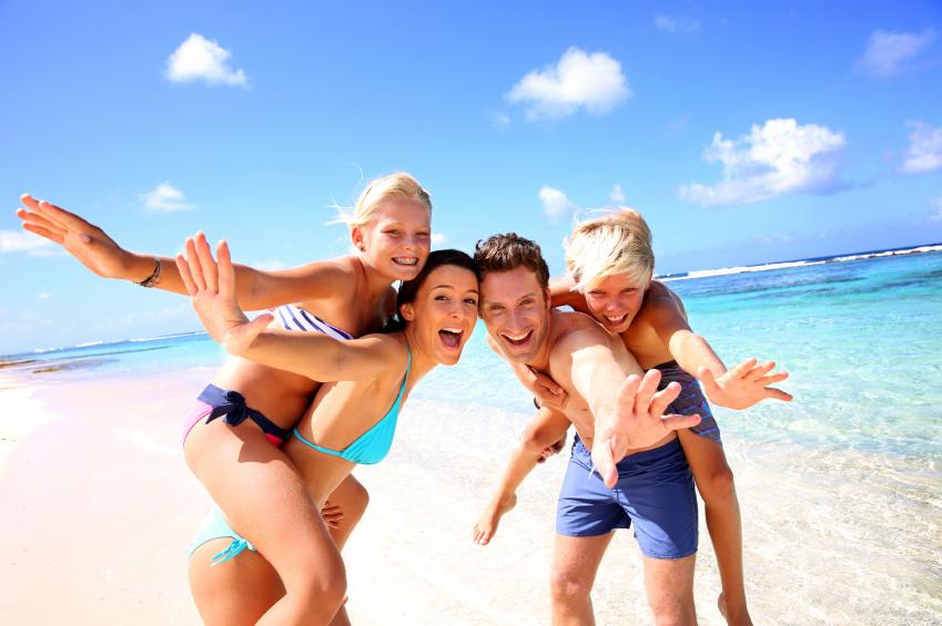 How-to-Go-on-a-Family-Vacation-Minus-the-Stress--cbb230ecbb5c4a5192169084b241479e