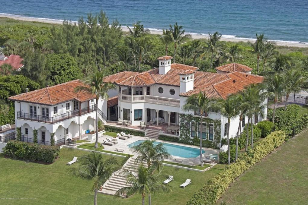 Photo of Singer Billy Joel to Sell Florida Mansion