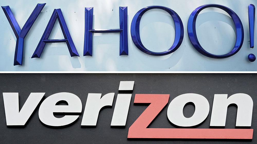 Photo of Verizon Buys Yahoo For 5 Billion