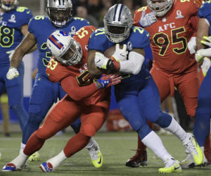 AFC holds on to defeat NFC in Pro Bowl