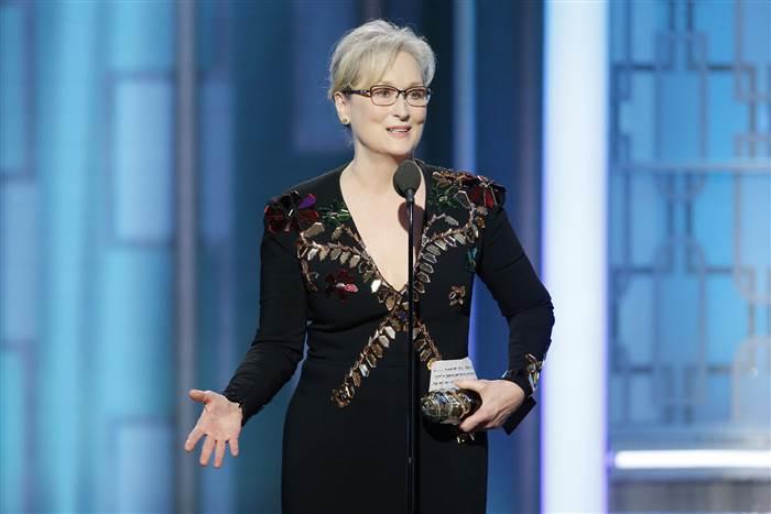 "Photo of ""La La Land"" sweeps Golden Globes"