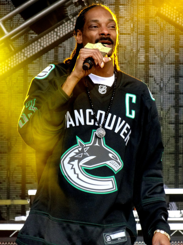 Photo of Snoop Dogg to participate in NHL All-Star Weekend