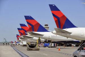 Delta bringing back free meals on coast-to-coast flights