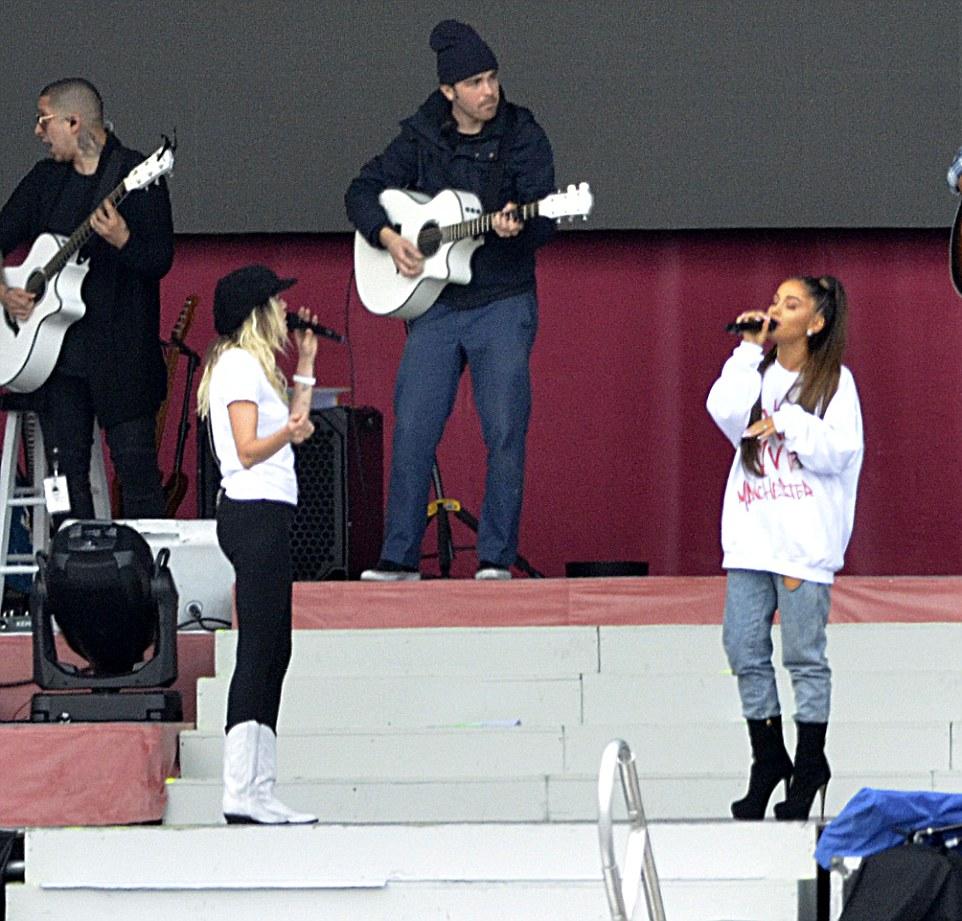 Photo of Despite London Attacks, Ariana Grande Benefit is Still On