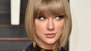 Taylor Swift Announces New Album, Fans Lose their Minds