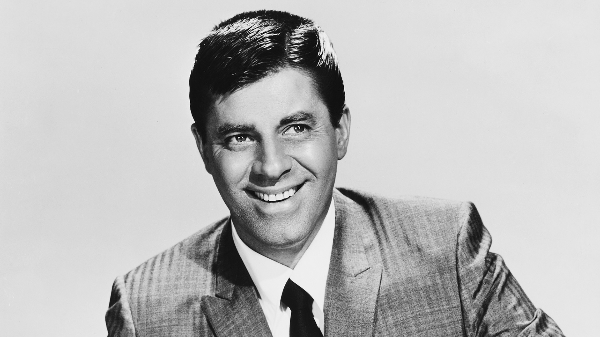 Photo of Comedian, Actor Jerry Lewis Dead, 91