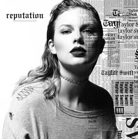 Photo of Taylor Swift Announces New Album, Fans Lose their Minds