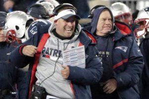 Patriot's McDaniels Spurns Colts. Remains With Pats
