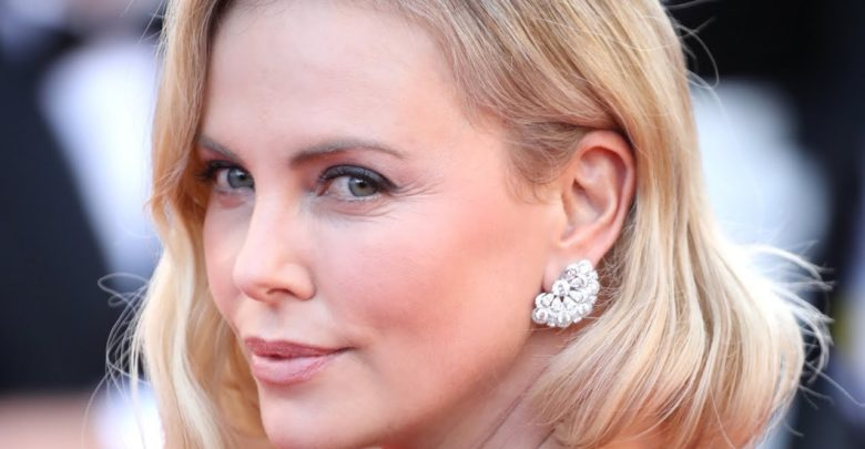 Photo of Actress Charlize Theron gets weed from Mom