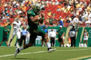 USF Stuns Georgia Tech 49-38 in a Wild Shootout