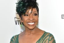 """Photo of Gladys Knight Doesn't Have Cancer Despite Saying She and Aretha Franklin Had the """"Same Disease"""""""