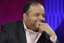 "Photo of Roland Martin starts daily streaming show ""#ROLANDMARTINUNFILTERED"""