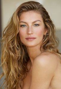 """""""I Never Go a Day Without Dessert""""—This and More, From Gisele Bündchen's New Book"""