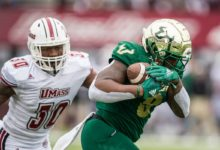 Photo of Cronkrite Rushes for USF, AAC Record 302 Yards as Bulls Improve to 5-0