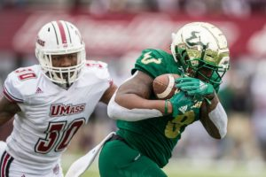 Cronkrite Rushes for USF, AAC Record 302 Yards as Bulls Improve to 5-0