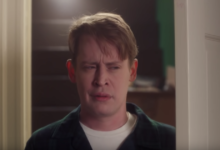 Photo of Macaulay Culkin reprises 'Home Alone' role