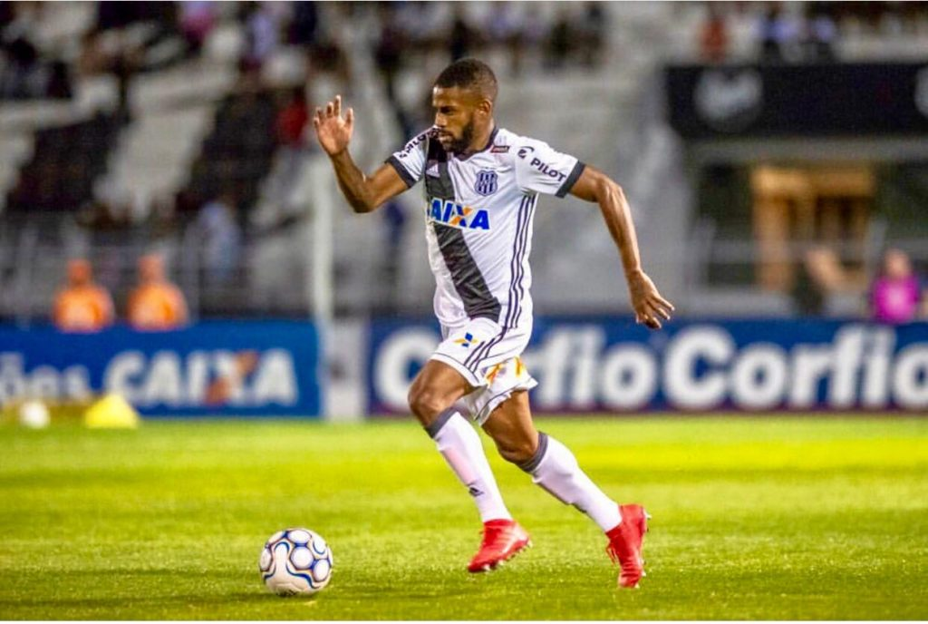 Orlando City signs Brazilian right back Ruan