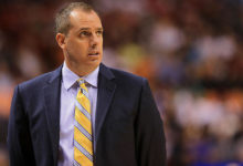 Photo of Report: Vogel agrees to become Lakers head coach