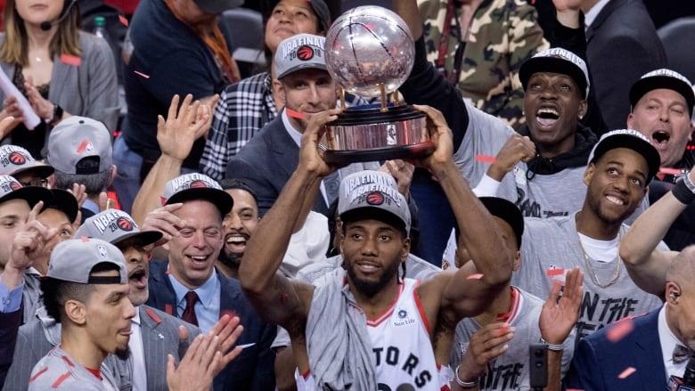 Kawhi Leonard, Raptors Beat Bucks in Game 6, Advance to NBA Finals vs. Warriors