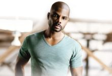 Photo of A Kirk Franklin Biopic Produced By DeVon Franklin Is Coming Your Way
