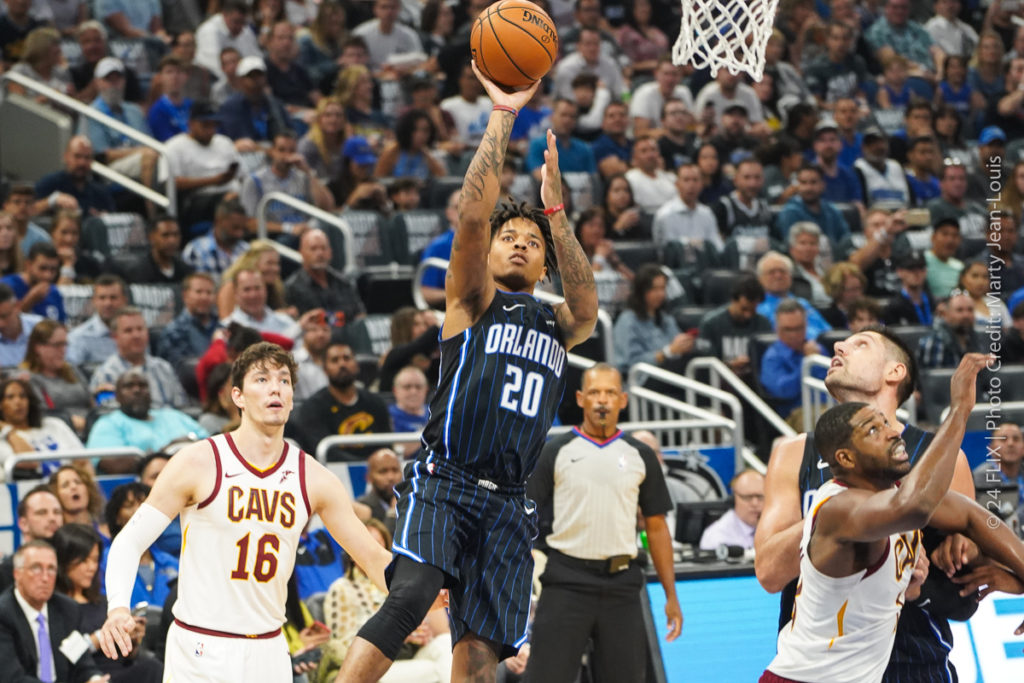 Orlando Magic  open the season with a 94-85 win over Cavs