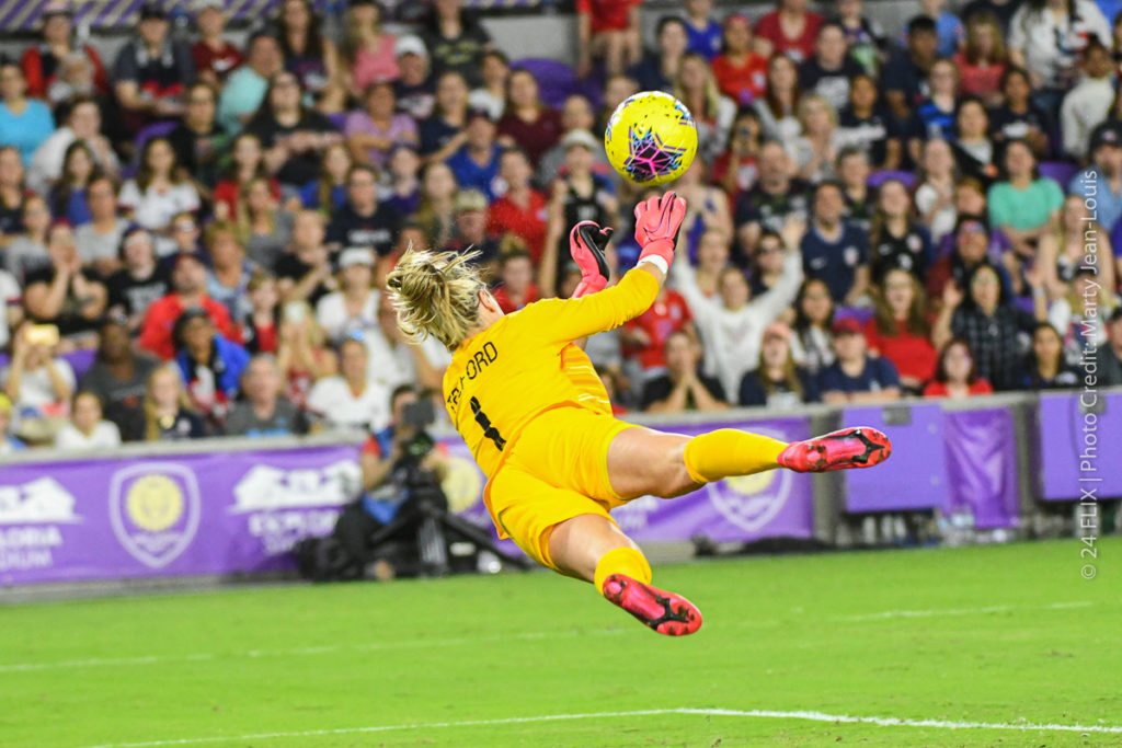 USWNT Defeats England 2-0 in opening match of SheBelieves Cup