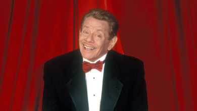 Photo of Actor and comedian Jerry Stiller has died of natural causes, Ben Stiller says