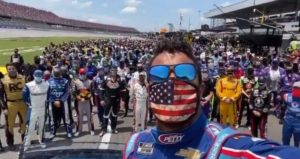 Drivers and Crew Stand With Bubba Watson at Talladega